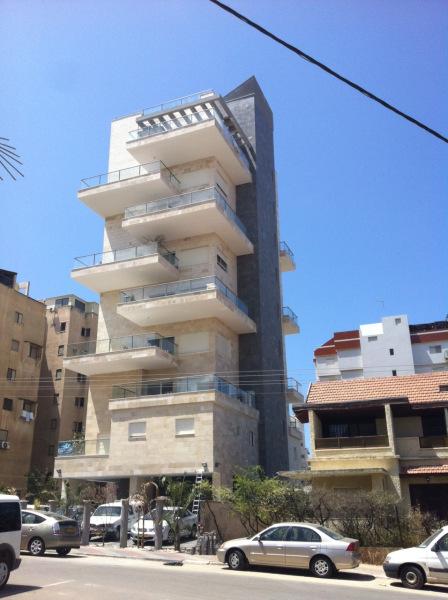ליווי פיננסי קבוצת רכישה הרצל חדרה, 8 יחידות דיור, 8 קומות